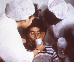 Cholera_rehydration_nurses